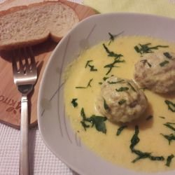 Granny`s Meatballs with White Sauce