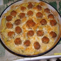Meatballs with Potatoes in the Oven