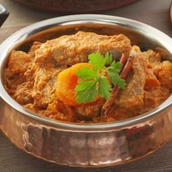 Lamb with Curry and Apricots
