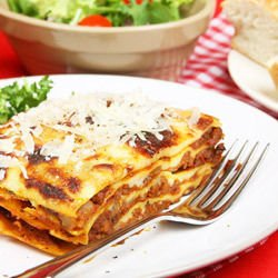 Lasagna with Minced Meat and Béchamel Sauce