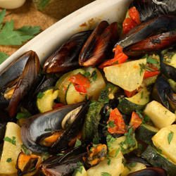 Mussels with Fried Potatoes