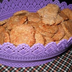 Oat Crackers with Emmer Wheat and Wholegrain Flour