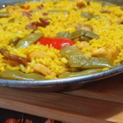 Paella with Chicken and Rabbit Meat