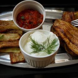 Fried Eggplants and Zucchini with Tomato Sauce