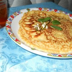 Aromatic Pancakes with Acacia