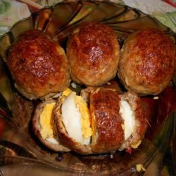 Baked Meatballs Stuffed with Eggs
