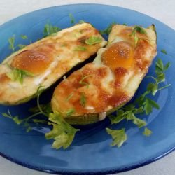Stuffed Zucchini with Eggs