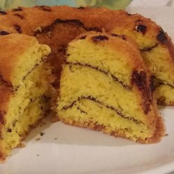 Sponge Cake with Raisins