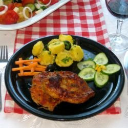 Juicy Steaks in Aromatic Marinade