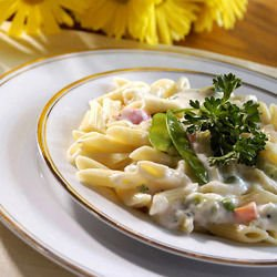 Macaroni with Ham and Cheese