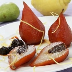 Pears and Raisins in Wine Sauce