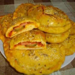Calzone Pizza with Corn Flour