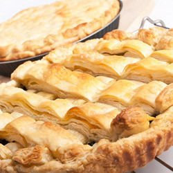 Puff Pastry Pie with Walnuts