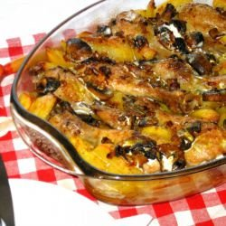 Chicken with Mushrooms and Potatoes in Cream Sauce