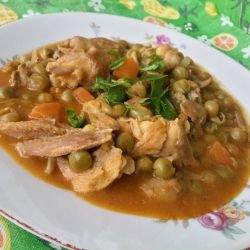 Chicken Pieces with Peas