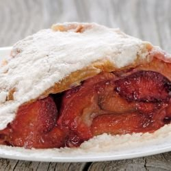 Strudel with Plums
