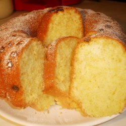 Very Fluffy Cake in a Round Form