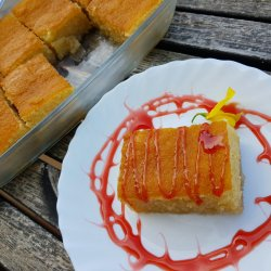 Arabian Syrup Cake with Semolina