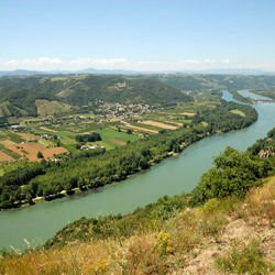 information about the central plains - Rhone River