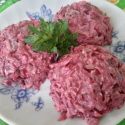 Dairy Salad with Beetroot