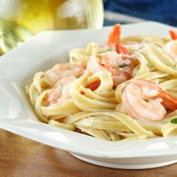 Fettuccine with Shrimp, Capers and Oregano