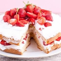 Poppy Cake with Strawberries