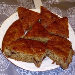 Cinnamon Cake with Walnuts
