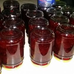Homemade Strawberry Jam with Whole Fruits
