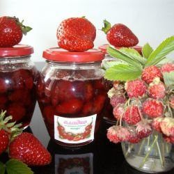 Grandma`s Wild Strawberry Jam