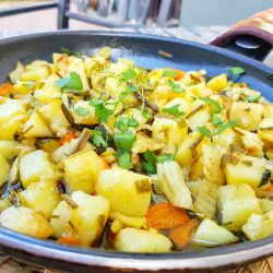 Stewed Potatoes with Vegetables
