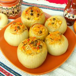 Stuffed Onions with Vegetable Rice