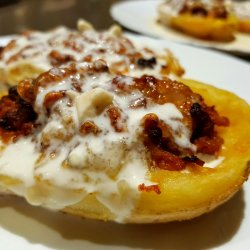 Stuffed Potatoes with Minced Meat and Tasty Sauce