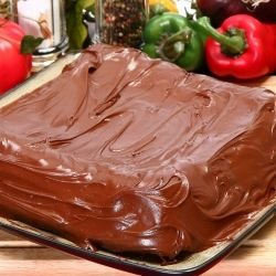 Delicious Cake with Bananas and Chocolate