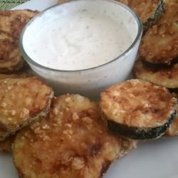 Fried Zucchini with Garlic Sauce