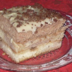 Cake with Homemade Cream and Walnuts