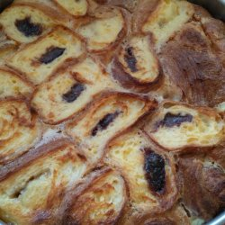 Cake with Croissants