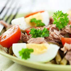 Warm Salad with Tuna Fish