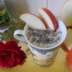 Vanilla Cream with Chia and Apples