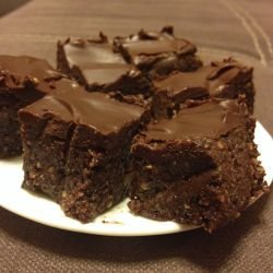 Super Vegan No-Bake Brownies