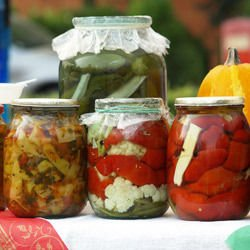 Boiled Red Pepper Pickle