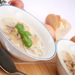 Soup with Mushrooms and Cream