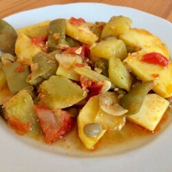 Guvec with Green Beans and Zucchini