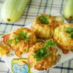 Muffins with Zucchini and Cottage Cheese