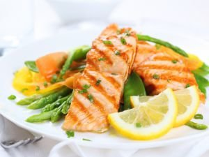 Side Effects of Eating Salmon and Tuna