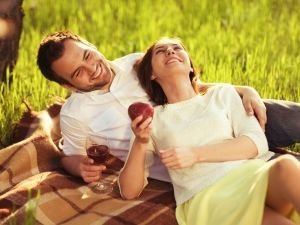 Aquarius Woman and Leo Man Love Compatibility