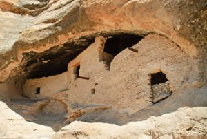 Native ruis - Gila Cliff Dwellings