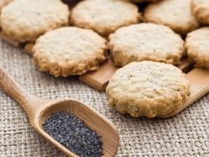 Poppy seed treats