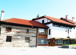 Jubilee retrospective exhibition will be opened in Bansko