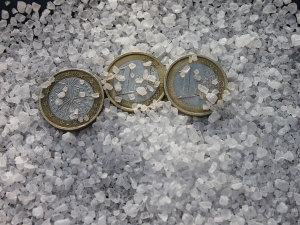 Put 3 Coins in Sea Salt and Watch a Miracle Happen!