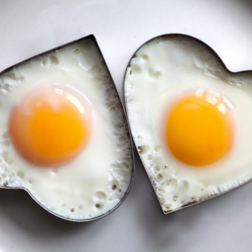 How Much Protein Does An Egg Contain